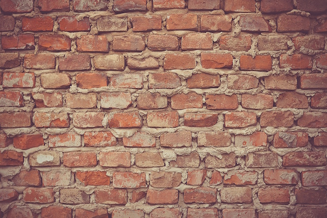 Bringing The Benefit Of Brick And Mortar To Your Blog